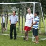 """Bóng đá - U19 Việt Nam & cái """"bắt tay"""" của bầu Đức"""