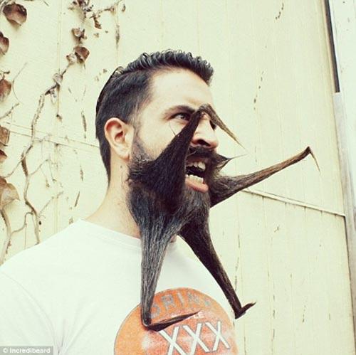 Người đàn ông có kiểu râu kỳ lạ - 6