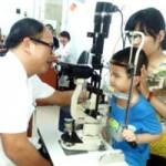 Hà Nội: Học sinh đau mắt đỏ nên nghỉ học