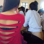 Thời trang - Thời trang học đường khó coi của nữ sinh