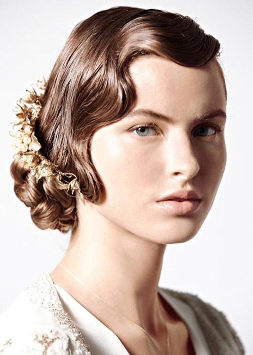 Nàng dâu trẻ trung hơn với hoa cài tóc - 15