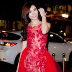 Thời trang - Hồng Quế tự lái xế hộp  tiền tỷ đi sự kiện