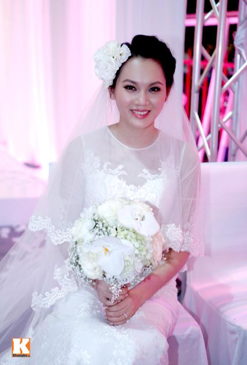 Ngọc Thạch gây sốc với đám cưới tiền tỷ - 12