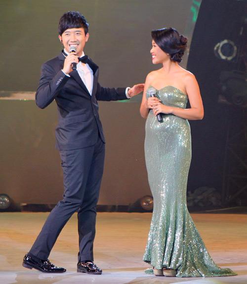 Đoan Trang bầu bí vẫn nhảy giày cao gót - 14