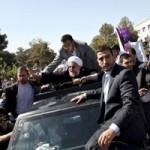 Tin tức trong ngày - Tổng thống Iran bị ném giày và trứng thối