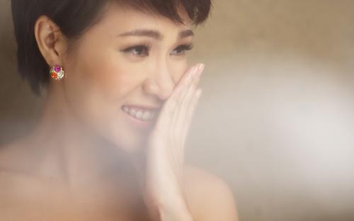 Uyên Linh hát với 74 nhạc công - 2