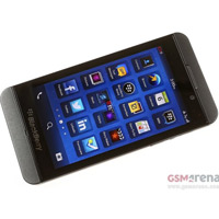 BlackBerry Z10 gây lỗ gần 1 tỷ USD của công ty