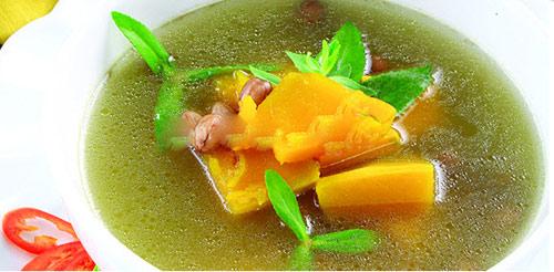 Canh bí đỏ đậu phộng ngọt bùi đưa cơm - 1