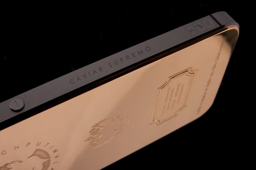 iPhone 5S in hình Tổng thống Putin giá 93 triệu đồng - 2