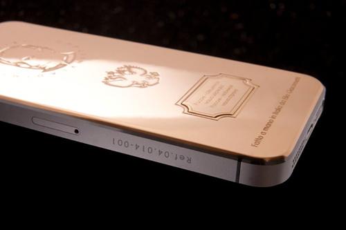 iPhone 5S in hình Tổng thống Putin giá 93 triệu đồng - 3