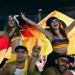 Bóng đá - Mỹ nhân của ĐT Đức & Pháp ''đại náo'' ở Brazil