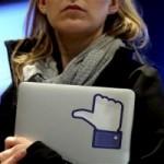 """Thời trang Hi-tech - """"Facebook coi người dùng như chuột bạch"""""""