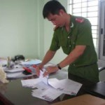 An ninh Xã hội - Bắt hàng loạt chủ tiệm chụp hình, photocopy làm giả con dấu