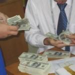 Tài chính - Bất động sản - Nhu cầu vay USD bất ngờ tăng vọt