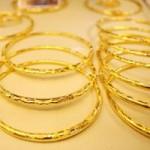 Tài chính - Bất động sản - Giá vàng vẫn lình xình quanh mốc 36,80 triệu đồng