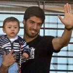 Suarez: Ngôi sao cắn người  độc nhất vô nhị  (Kỳ cuối)