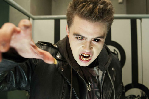Trailer phim: Fright Night 2 - 4