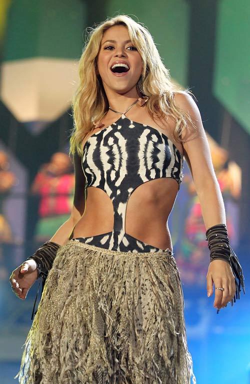 Shakira sẽ hát bế mạc World Cup 2014 - 1