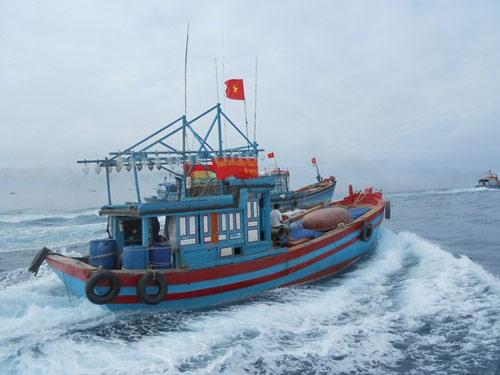 Xác định tọa độ của tàu cá Quảng Ngãi lúc bị TQ bắt - 1