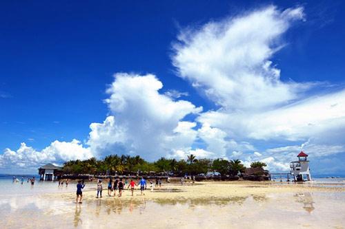 Hòn đảo xanh thần tiên ở biển Cebu - 1
