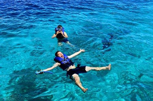 Hòn đảo xanh thần tiên ở biển Cebu - 8