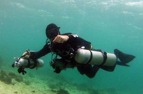 Hòn đảo xanh thần tiên ở biển Cebu - 11