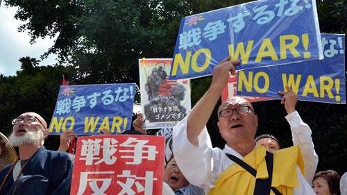 """Không còn Hiến pháp ràng buộc, Nhật sẽ """"ra tay"""" với TQ? - 1"""