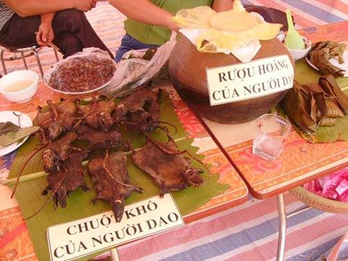 Chuột khô gác bếp, món ngon ngày mưa rừng, suối lũ - 1