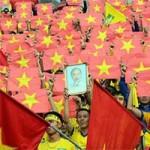 Bóng đá - Fan SLNA nhuộm đỏ sân Đồng Nai với ngàn lá cờ Tổ quốc