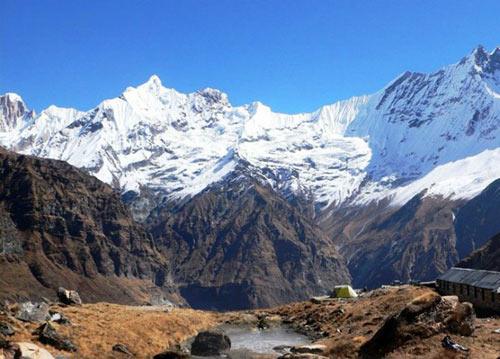 Chinh phục những ngọn núi nguy hiểm nhất thế giới - 2