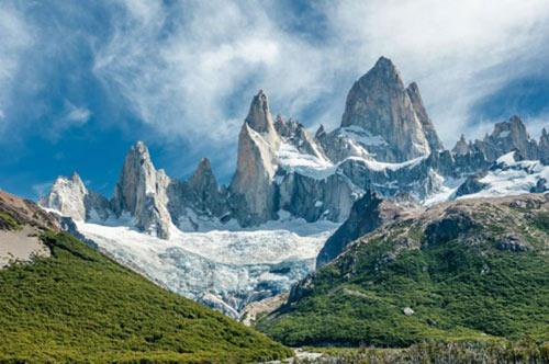 Chinh phục những ngọn núi nguy hiểm nhất thế giới - 7