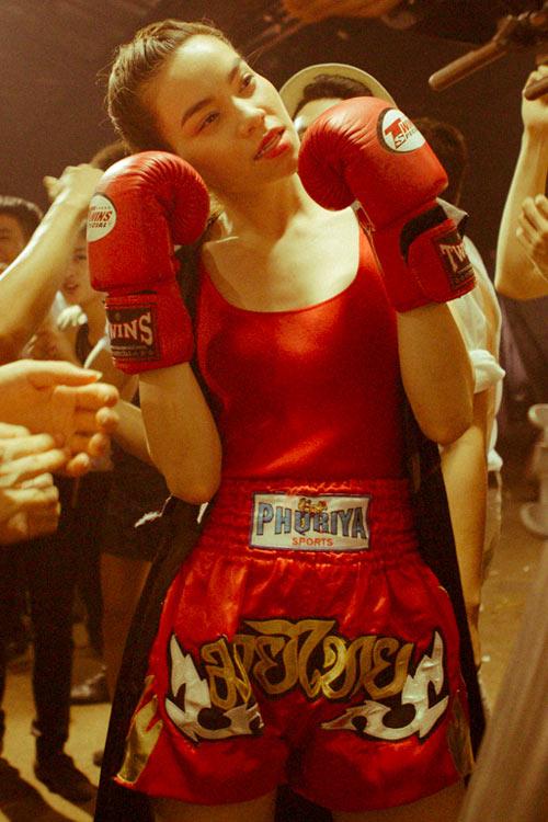 """Hà Hồ """"máu lửa"""" trên sàn boxing - 7"""