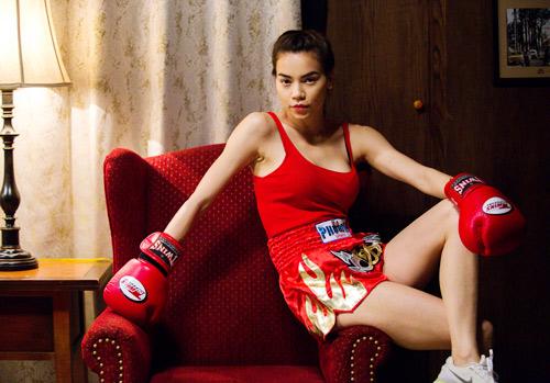 """Hà Hồ """"máu lửa"""" trên sàn boxing - 1"""