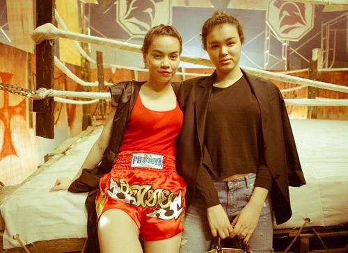 """Hà Hồ """"máu lửa"""" trên sàn boxing - 12"""