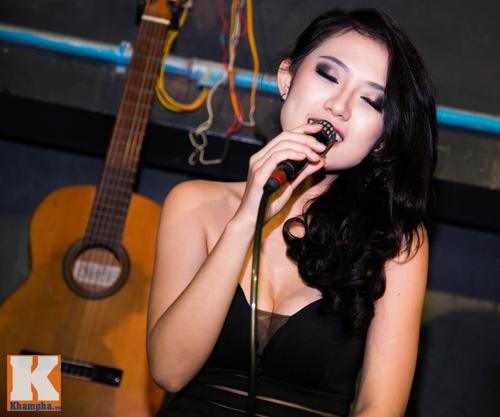 Trang Cherry khoe tài sáng tác nhạc trong minishow - 7