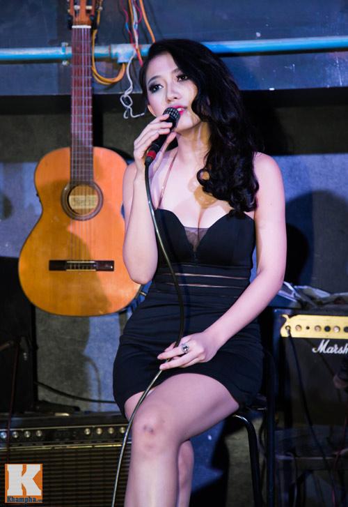 Trang Cherry khoe tài sáng tác nhạc trong minishow - 6