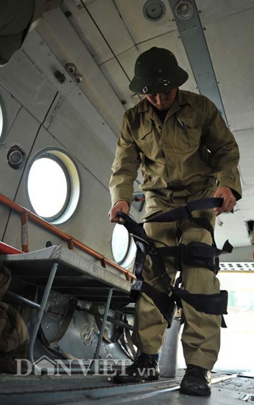 Cận cảnh trực thăng Mi-171 trước khi bị rơi tại Hòa Lạc - 7