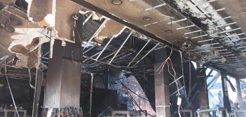 Vụ 3 người chết cháy: Đám cháy phát ra từ nơi thờ cúng - 2