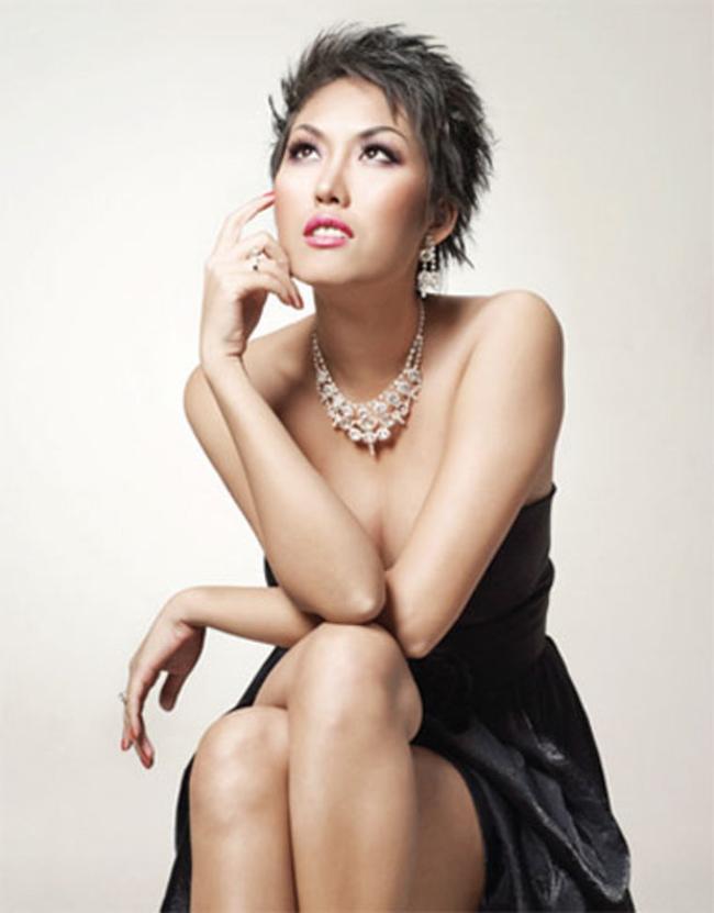 Phi Thanh Vân thời bước vào showbiz sở hữu làn da nâu khỏe mạnh