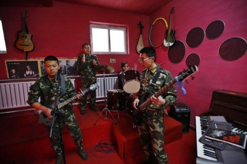 Bên trong trại cai nghiện Internet tại Trung Quốc - 10