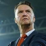 """Bóng đá - Chưa đến Old Trafford, Van Gaal đã khiến M.U """"vớ bẫm"""""""