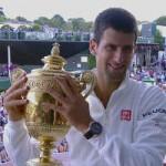 """Thể thao - Sau khi """"lên đỉnh"""", Djokovic """"ngả mũ"""" trước Federer"""