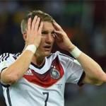 Bóng đá - Schweinsteiger khen Van Gaal là HLV số 1, phớt lờ Low