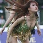Cười 24H - Clip chế bằng tên 55 ca sĩ nổi tiếng Việt Nam