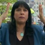 Phi thường - kỳ quặc - Video: Choáng vì người phụ nữ nói nhanh như máy
