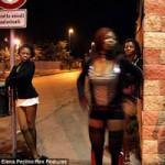 Tin tức trong ngày - Phóng sự ảnh: Cuộc sống gái mại dâm đường phố ở Italia