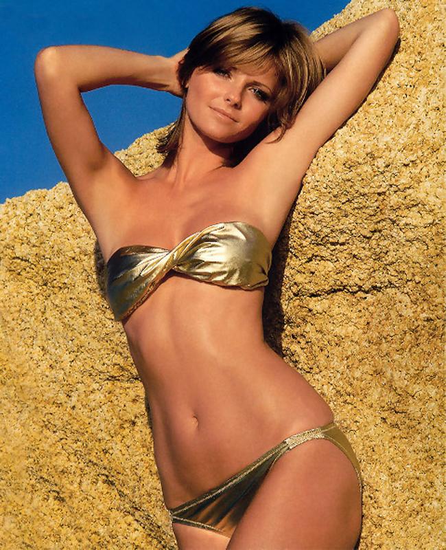 10 thiên thần bikini sexy nhất trong 50 năm qua - 11