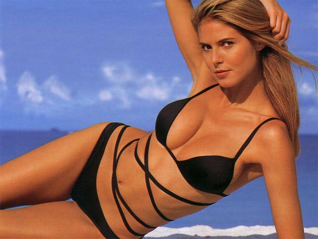 10 thiên thần bikini sexy nhất trong 50 năm qua - 13