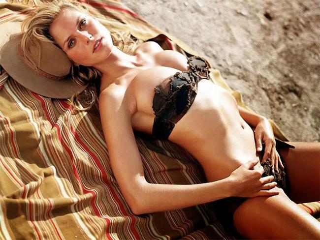 10 thiên thần bikini sexy nhất trong 50 năm qua - 14