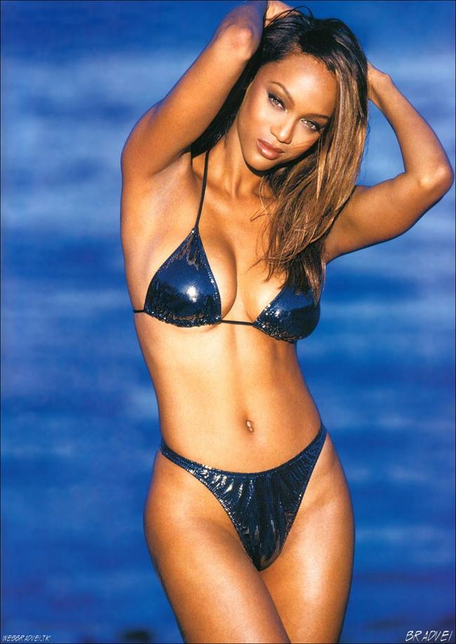 10 thiên thần bikini sexy nhất trong 50 năm qua - 16